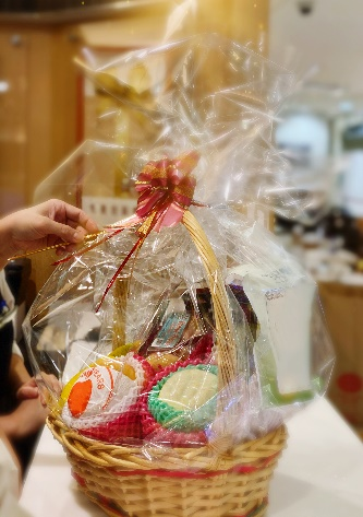 How To Make Gourmet Gift Baskets: The Ultimate Guide